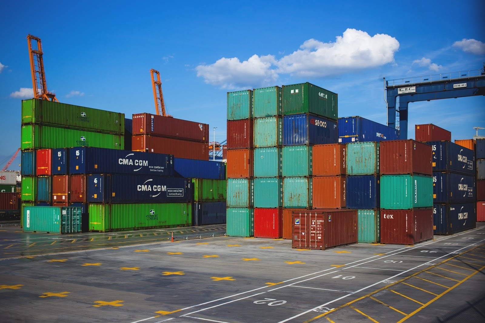 The Difference between Types of Freight and Shipping