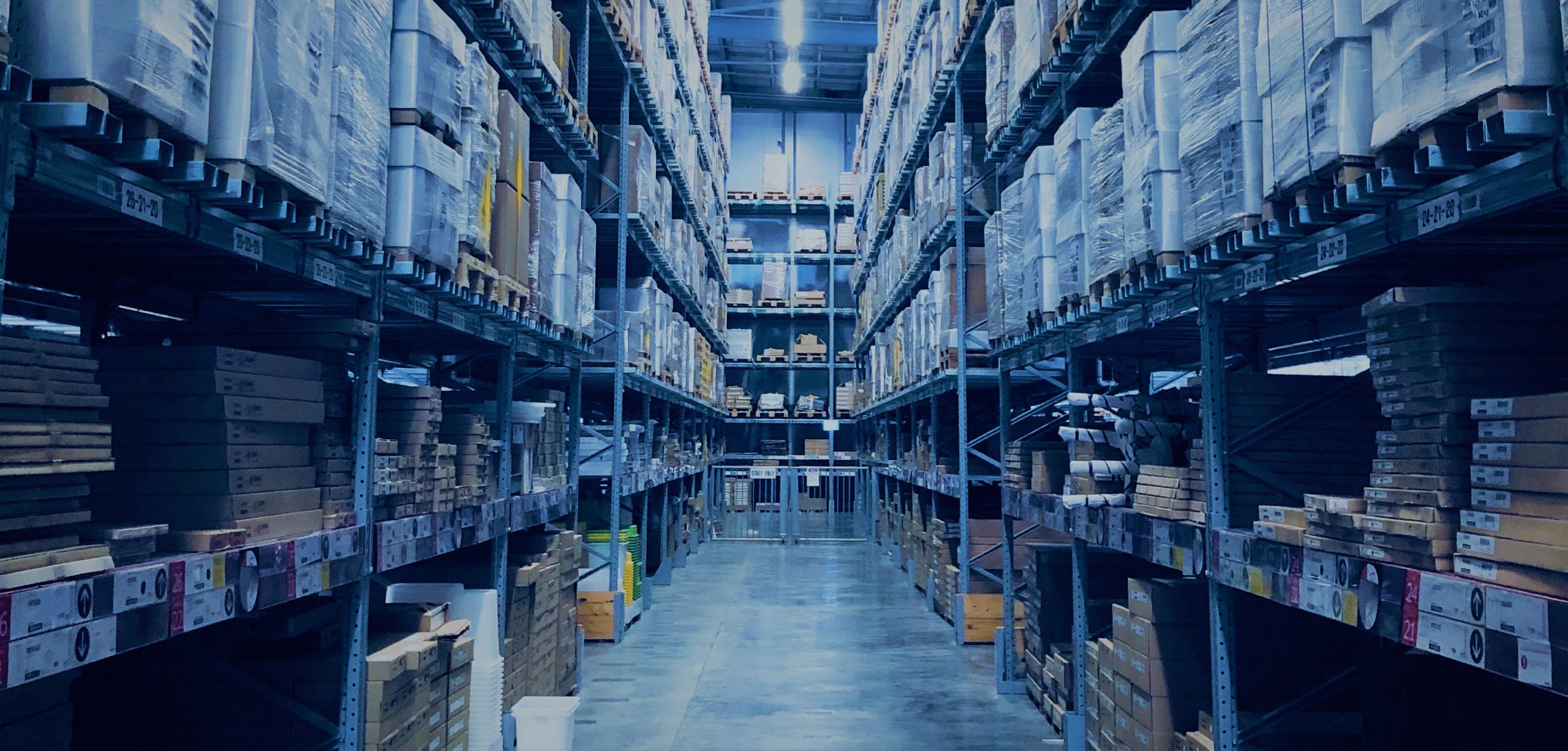 Warehousing Advantages at a 3PL Transport Provider: White Glove Service